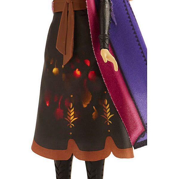 Disney hercegnők Jégvarázs II: Anna baba világító ruhában - 3. Kép