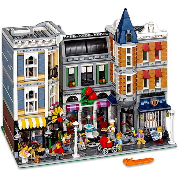 LEGO Creator: Assembly Square Piactér 10255 - 3. Kép
