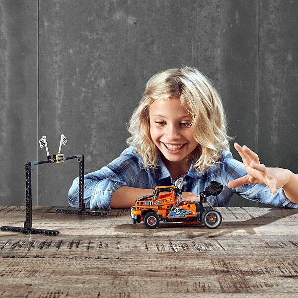 LEGO® Technic: Versenykamion 42104 - 11. Kép